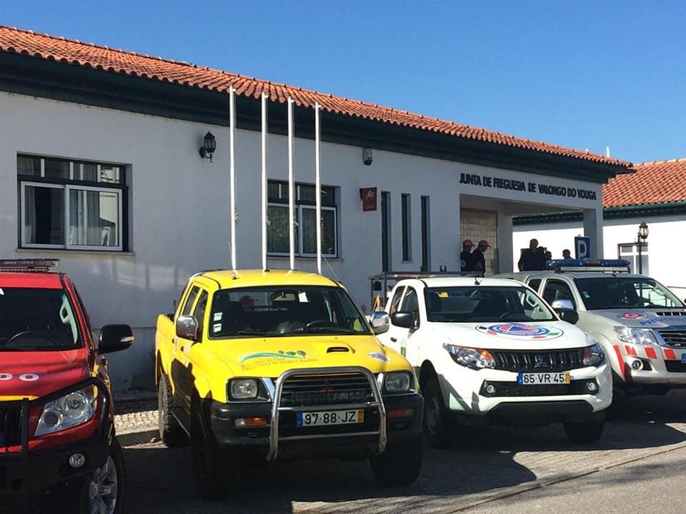 Cerimónia de entrega dos rádios às equipas de Proteção Civil